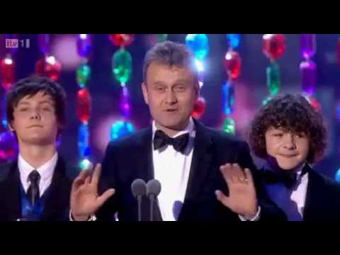 Outnumbered wins Best Situation Comedy at National Television Awards 2012
