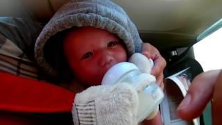 Младенец в самолете. Летим с ребенком.  Перелет с маленькими детьми. Как это было.VLOG