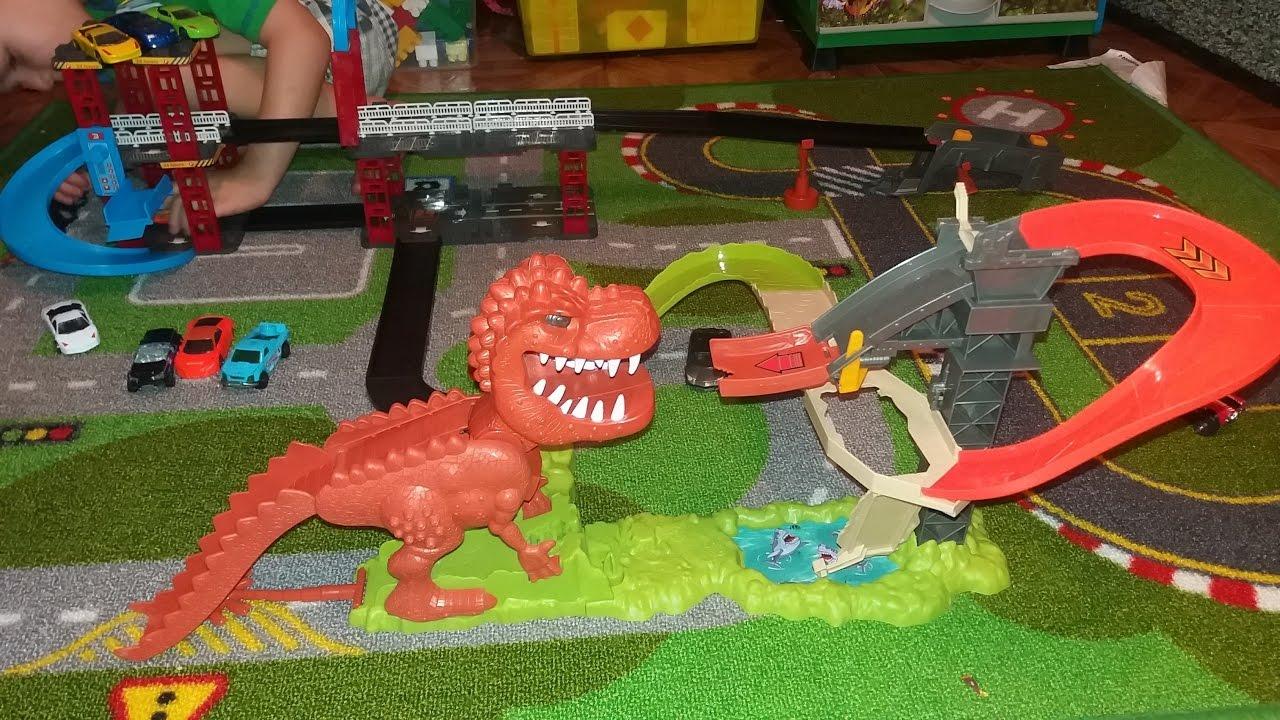 распаковка трэк динозавр (типа ХОТ ВИЛС)/ Unpacking ...