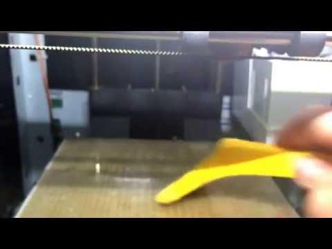 Cleaning a 3d printer nozzle on a davinci 3d printer