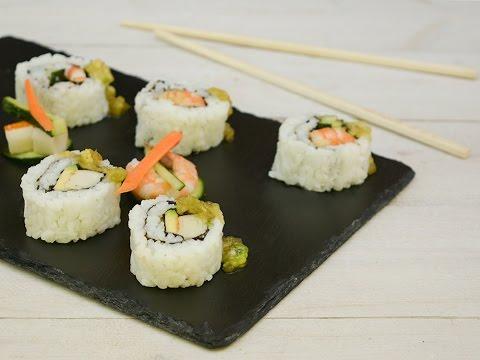 Sushi Uramaki Fatto in Casa , Rotolini di sushi con alga , Ricette che  Passione