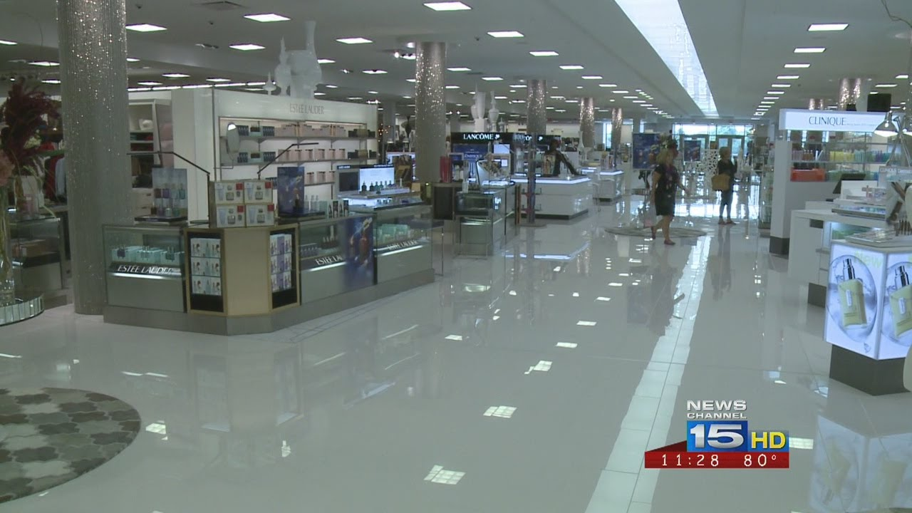 Fort Wayne Mall >> Carsons Set To Open At Glenbrook Square Mall