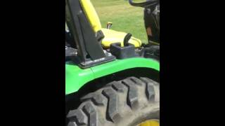 John Deere 2320 tractor with belly mower 4x4 Malden mo