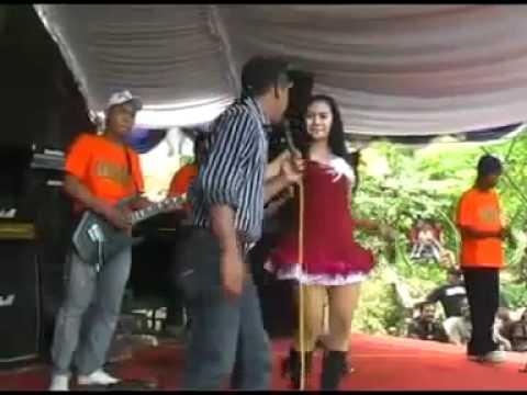 Norma Silvia   Romli   Mendem Lanangan flv   YouTube