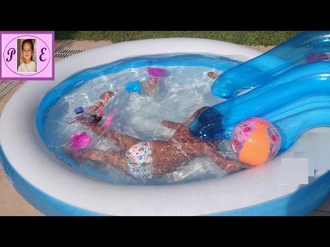 Бассейн.Детский надувной бассейн.Играем в бассейне.Катаемся на горке.Видео для детей.Игра для детей