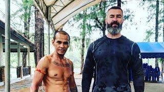 Мастер Оу • советы хранителя тайских боевых искусств • муай баран и краби крабон