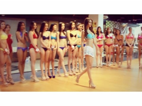 """ Gwen Likes "" Catwalk Training the Candidates of Miss World Philippines 2015"