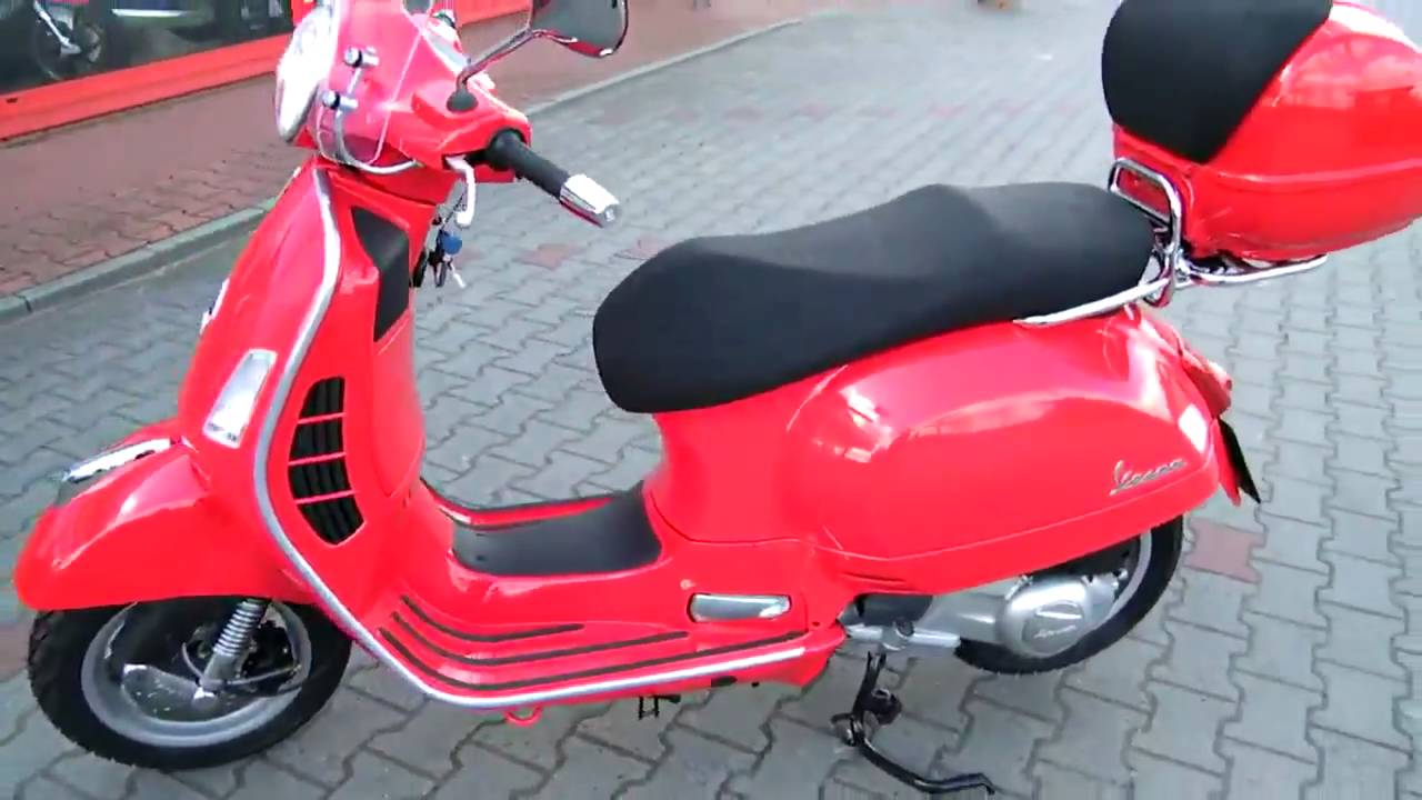 hc anleitung vespa gts 125 2010 roller rot youtube. Black Bedroom Furniture Sets. Home Design Ideas