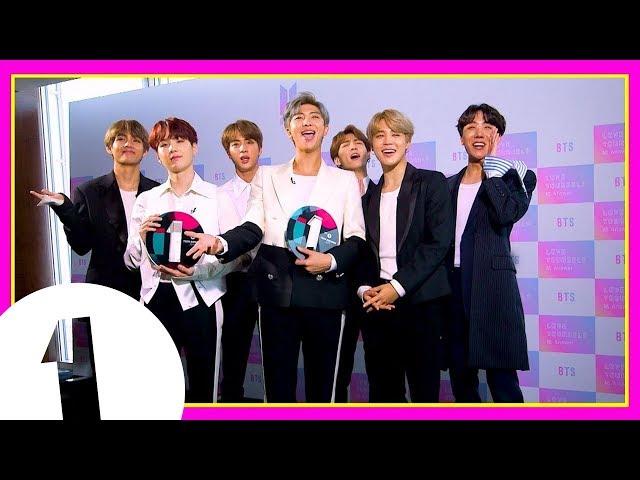 BTS play the Award Box Challenge! (Radio 1's Teen Awards 2018)
