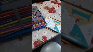 Ребенок делает уроки и во сне🤫🤭