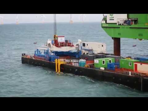 Barge Master - motion compensated platform -  BM T700