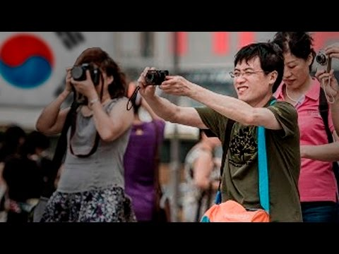 Are Chinese Tourists Invading South Korea? | China Uncensored
