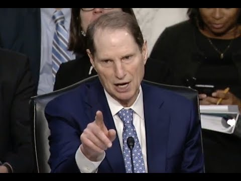 """THIS IS LEGISLATIVE MALPRACTICE!!!"" Senator Ron Wyden DESTROYS Trump"