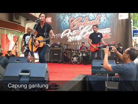 Lolot-Capung Gantung live(magenjekan)