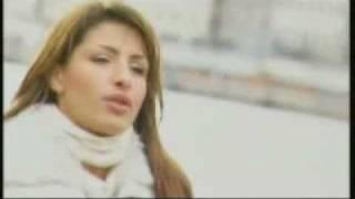 Смотреть клип Έλενα Παπαρίζου - Μες Στην Καρδία Μου Μόνο Θλίψη