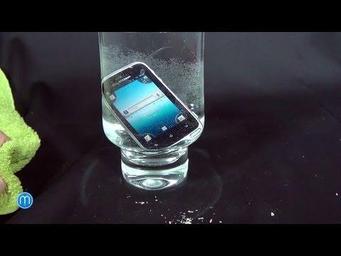 Sony Ericsson Xperia active - test odolnosti