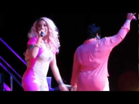 Keyshia Cole Brings Fan On Stage To Sing