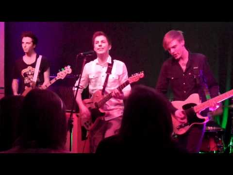 Falling Into You - Sleeper Skylight (Live @ The Jam Spot)