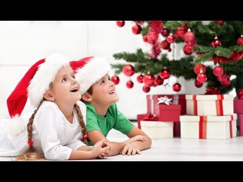 Bambini Che Scartano I Regali Di Natale.Regali Di Natale Bambini Alternative Ai Giocattol