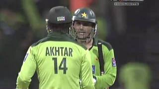 Abdul Razzaq 109 Off 72 Balls vs South Africa - HD