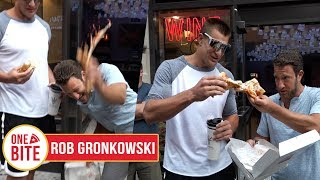 (Rob Gronkowski) Barstool Pizza Review - Prova Pizzabar