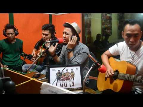 ILIR7 - SAKIT SUNGGUH SAKIT (LIVE AKUSTIK ON AIR di CITRASWARA FM)