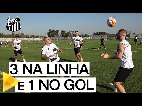 LINHA! Elenco do Santos FC em momento de descontração