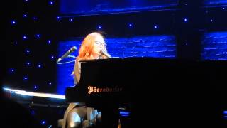 Tori Amos - 16 Shades of Blue (Live, NYC)