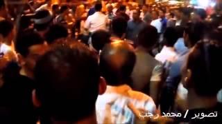 رجل شاف زوجته صدفه فى الشارع بترقص احتفالا بالسيسى ضربها بالقلم شاهد بنفسك!!