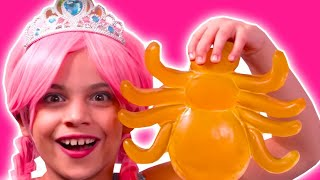 GIANT GUMMY CANDY CONTEST 🍭 Making Gummys Against The Clock - Princesses In Real Life | Kiddyzuzaa