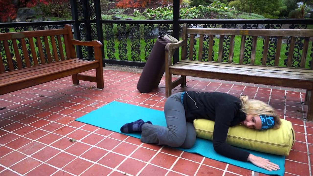 when to use a round yoga bolster from dusky leaf feat dr melissa west - Yoga Bolster