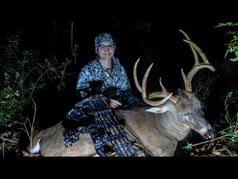 Mature Missouri 8 Pointer - First Buck with a Bow | Team Radical