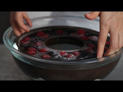How To Unmold a Congealed Salad   Southern Living