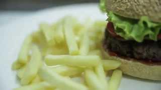 Ван Ваныч кормит! Гамбургеры с мраморной говядиной