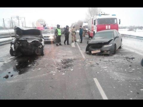 russian car crash compilation 13 02 2016 russian road rage youtube. Black Bedroom Furniture Sets. Home Design Ideas
