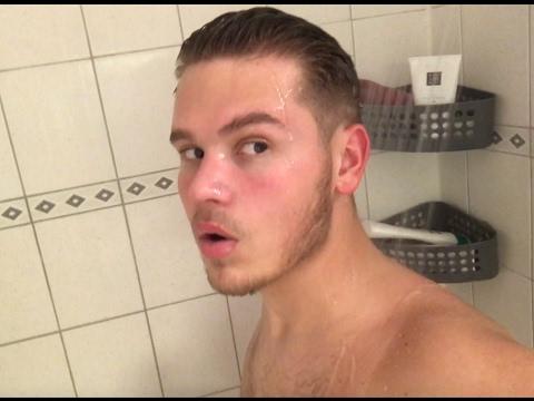 Onder de douche met dave dekker weekvlog 2 youtube - Douche onder de dakrand ...