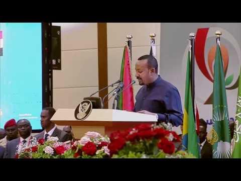 ???? آبي أحمد: توقيع الاتفاق في السودان يوم تاريخي ويمثل بداية مرحلة جديدة نحو التحول الديمقراطي  - نشر قبل 13 ساعة