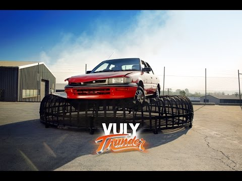 vuly-thunder-car-drop---can-your-trampoline-do-this?!
