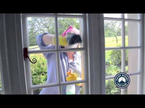 Hairy Dieters   Si King window cleaning