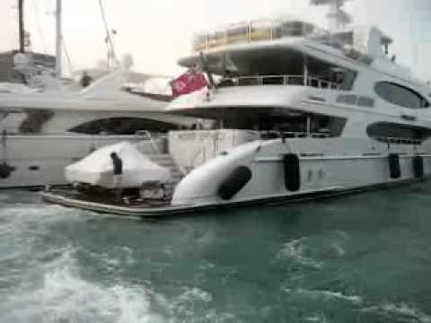 Sex on motor boat - 1 9