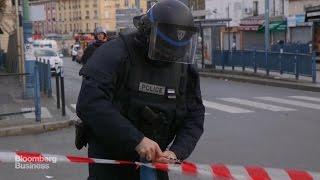 Parisians React to Police Terror Raids in St. Denis