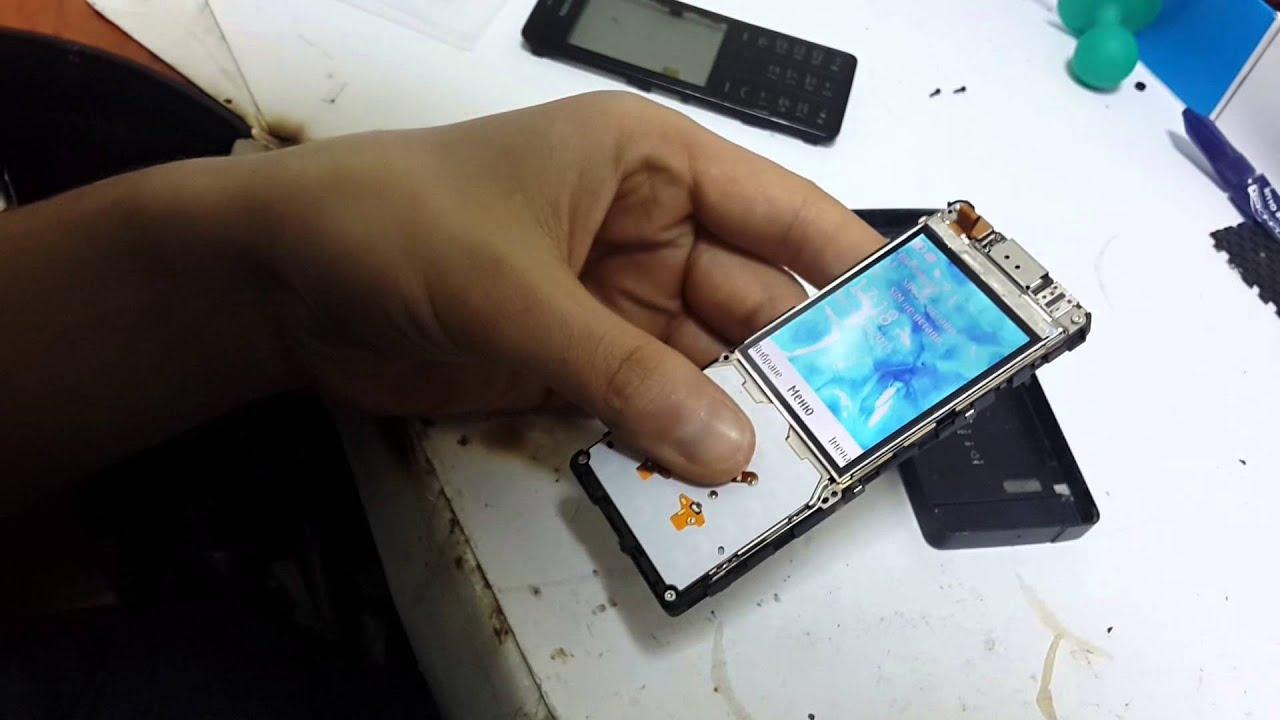 Евросеть» представляет элегантный кнопочный телефон Nokia 515 .