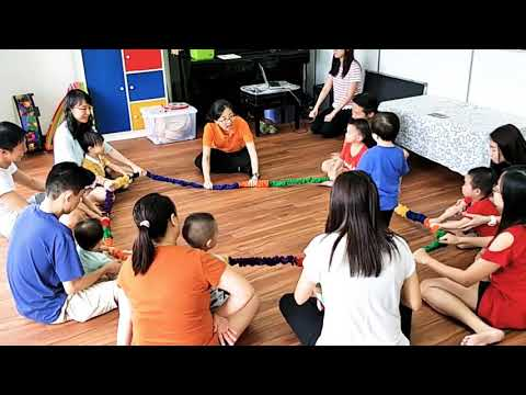 Little MusicTime - Fun with Stretchy Band!