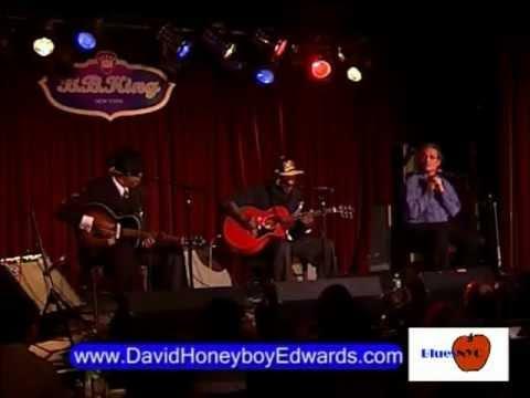 David Honeyboy Edwards at BB Kings 2007