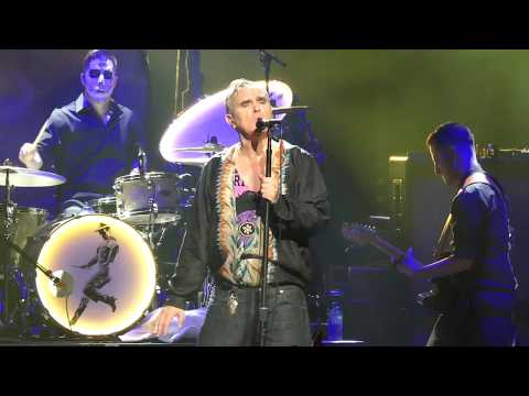 """MORRISSEY : """"Back On The Chain Gang"""" : MICROSOFT THEATER / LOS ANGELES (Nov 1, 2018) Mp3"""