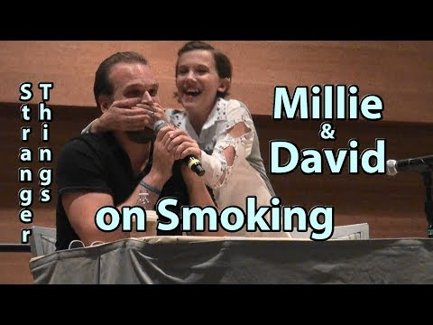 Millie Doesn't like David on Stranger Things at Phoenix Comicon