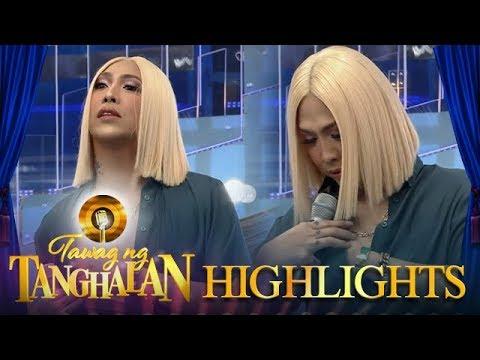 Tawag ng Tanghalan: Vice Ganda takes off his clothes