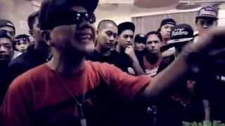 Repeat youtube video FlipTop - Abra & Smugglaz