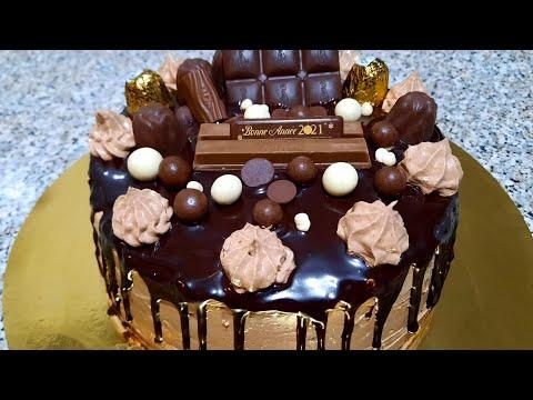gâteau-au-chocolat-et-noisette-قاطو-بالشكلاطة-والبوفريوة-وطريقة-تحضير-كريمة-الزبدة-بدون-بيض