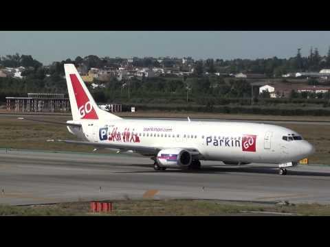 Go2Sky Boeing 737-400 OM-GTB Taxing Malaga LEMG